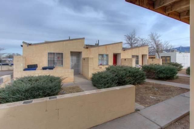 302 Virginia Street NE, Albuquerque, NM 87108 (MLS #960095) :: Campbell & Campbell Real Estate Services