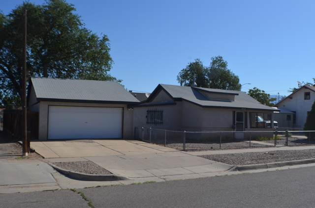 609 Kinley Avenue NW, Albuquerque, NM 87102 (MLS #960183) :: Campbell & Campbell Real Estate Services