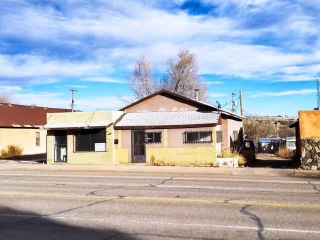 1008 Grand Avenue, Las Vegas, NM 87701 (MLS #960212) :: The Buchman Group