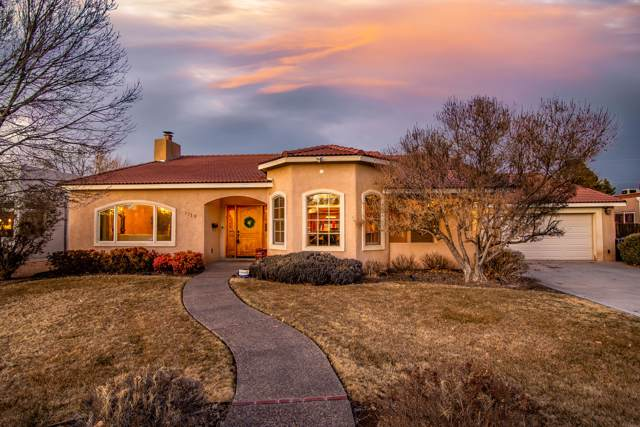 1719 San Cristobal Road SW, Albuquerque, NM 87104 (MLS #960493) :: Campbell & Campbell Real Estate Services