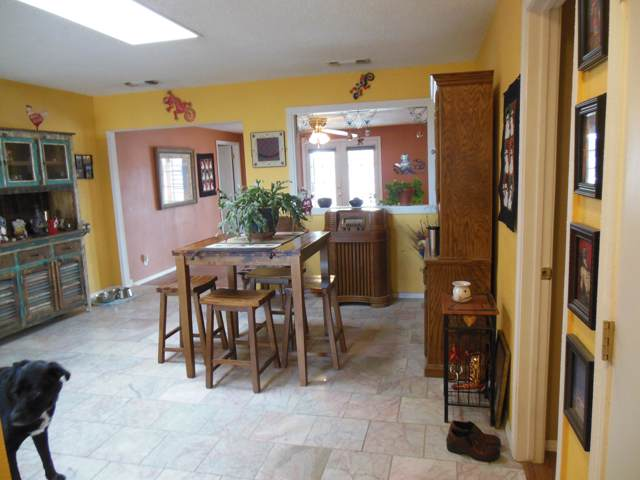 345 Hillandale Avenue, Rio Communities, NM 87002 (MLS #960618) :: Campbell & Campbell Real Estate Services