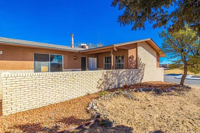 9900 Park Lane NW, Albuquerque, NM 87114 (MLS #960650) :: Campbell & Campbell Real Estate Services