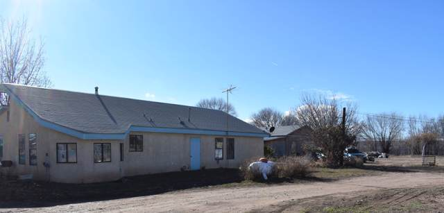 15 Keeney Lane, Los Lunas, NM 87031 (MLS #960654) :: Campbell & Campbell Real Estate Services