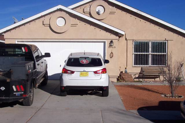 8409 Lone Prairie Avenue SW, Albuquerque, NM 87121 (MLS #960737) :: Campbell & Campbell Real Estate Services