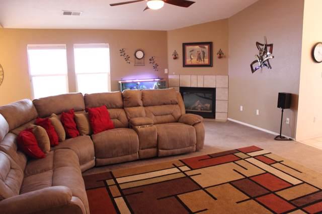 10531 Napoli Street NW, Albuquerque, NM 87114 (MLS #960744) :: Silesha & Company