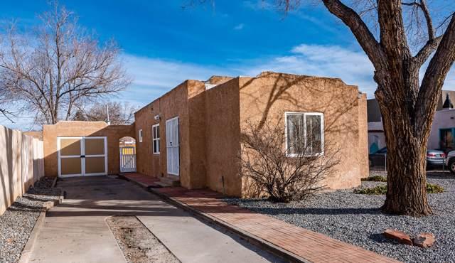 412 Cornell Drive SE, Albuquerque, NM 87106 (MLS #960758) :: Silesha & Company