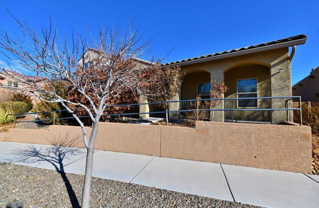 2319 Penn Avenue SE, Albuquerque, NM 87106 (MLS #960992) :: The Buchman Group