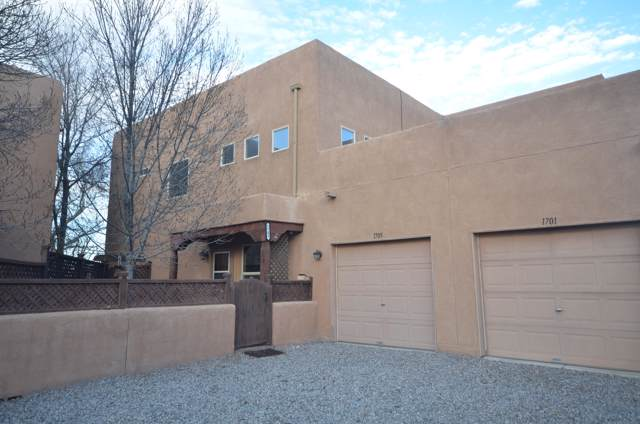 1705 Corte De Ristra NW, Albuquerque, NM 87104 (MLS #961083) :: Campbell & Campbell Real Estate Services