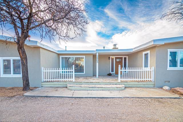 2805 Glenwood Drive NW, Albuquerque, NM 87107 (MLS #961098) :: Campbell & Campbell Real Estate Services
