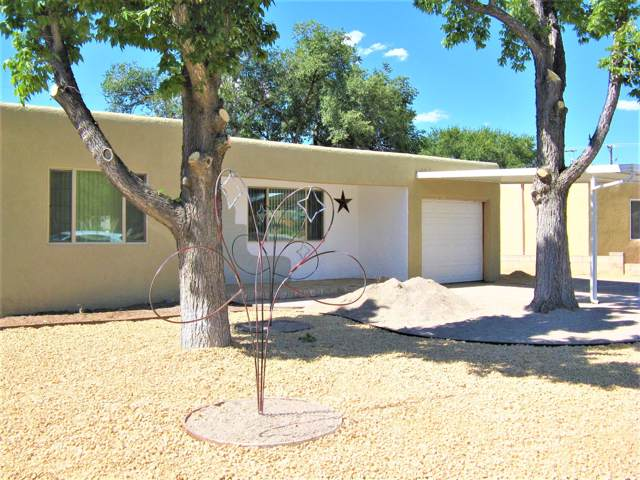 4947 Palo Alto Avenue SE, Albuquerque, NM 87108 (MLS #961151) :: Campbell & Campbell Real Estate Services