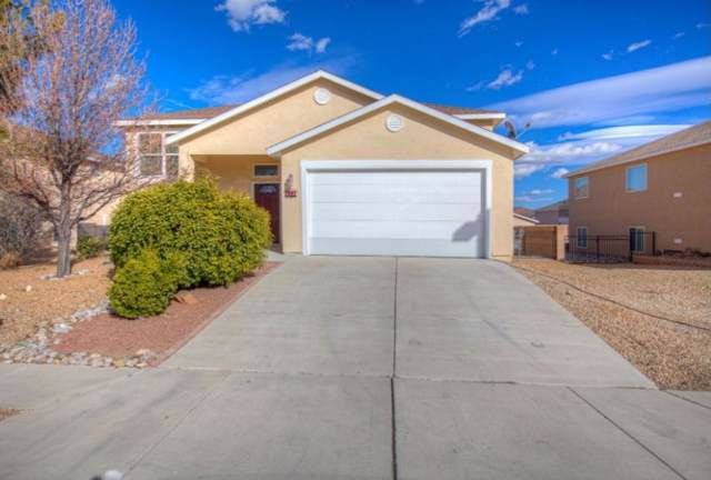 290 Cloud View Avenue SW, Los Lunas, NM 87031 (MLS #961449) :: The Buchman Group