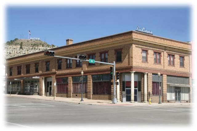 140 S 2nd Street, Raton, NM 87740 (MLS #961675) :: The Bigelow Team / Red Fox Realty