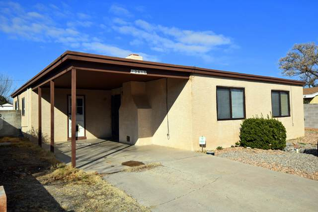 3615 Morningside Drive NE, Albuquerque, NM 87110 (MLS #962345) :: Silesha & Company