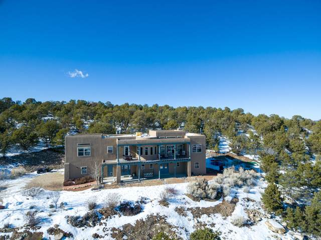 60 Sandia Mountain Ranch Drive, Tijeras, NM 87059 (MLS #962493) :: Campbell & Campbell Real Estate Services