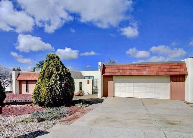 4433 Glenwood Hills Drive NE, Albuquerque, NM 87111 (MLS #962500) :: The Bigelow Team / Red Fox Realty