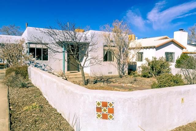 207 Aliso Drive NE, Albuquerque, NM 87108 (MLS #962518) :: The Buchman Group