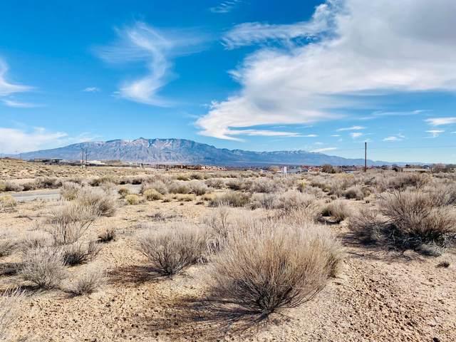 307 Fleet Road NE, Rio Rancho, NM 87124 (MLS #962533) :: The Bigelow Team / Red Fox Realty