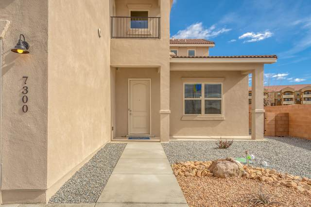7300 Dana Point Drive NE, Albuquerque, NM 87109 (MLS #962544) :: Silesha & Company