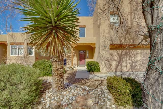 8319 Mandarin Place NW, Albuquerque, NM 87120 (MLS #962564) :: Silesha & Company