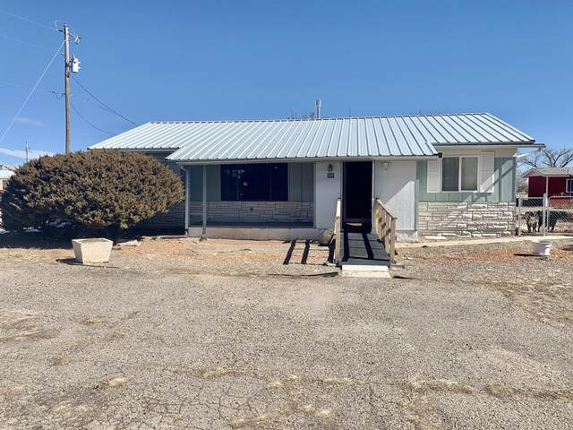 500 Eunice Street, Moriarty, NM 87035 (MLS #962735) :: Campbell & Campbell Real Estate Services