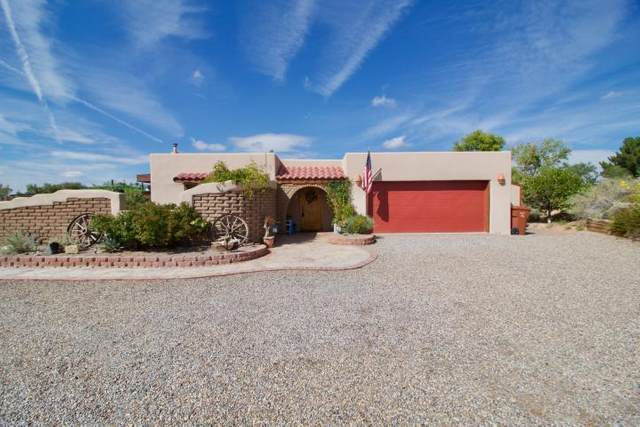421 Chimaja Road, Corrales, NM 87048 (MLS #962825) :: The Buchman Group