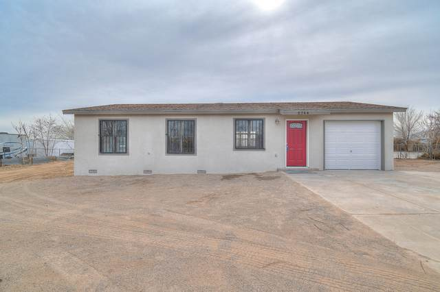 5744 Donna Alberta Drive SW, Albuquerque, NM 87121 (MLS #962843) :: Campbell & Campbell Real Estate Services