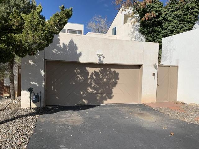 2 La Villita Circle NE, Albuquerque, NM 87112 (MLS #963268) :: The Bigelow Team / Red Fox Realty
