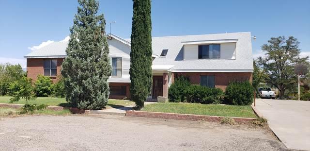 5441 Maplewood Lane SW, Albuquerque, NM 87121 (MLS #963630) :: The Buchman Group