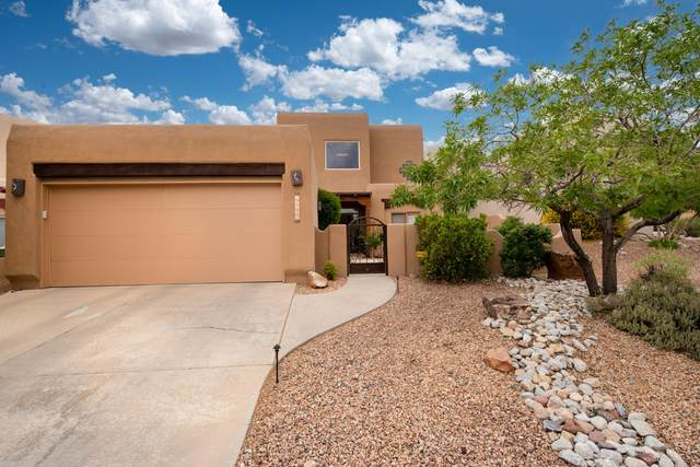 12809 Sandia Ridge Place NE, Albuquerque, NM 87111 (MLS #963850) :: The Bigelow Team / Red Fox Realty