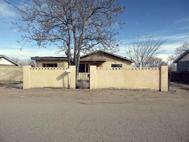 5466 Winchester Road SW, Albuquerque, NM 87121 (MLS #963954) :: The Buchman Group
