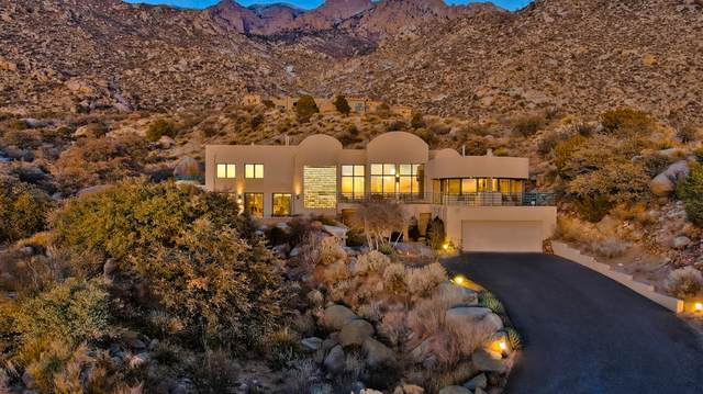 54 Rock Ridge Court NE, Albuquerque, NM 87122 (MLS #964161) :: The Buchman Group