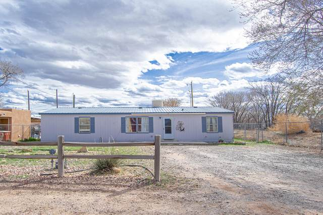 437 Calle Barrio Nuevo, Bernalillo, NM 87004 (MLS #964469) :: Campbell & Campbell Real Estate Services