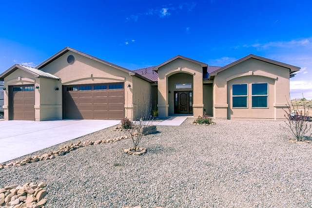 725 3rd Street NE, Rio Rancho, NM 87124 (MLS #964764) :: Campbell & Campbell Real Estate Services
