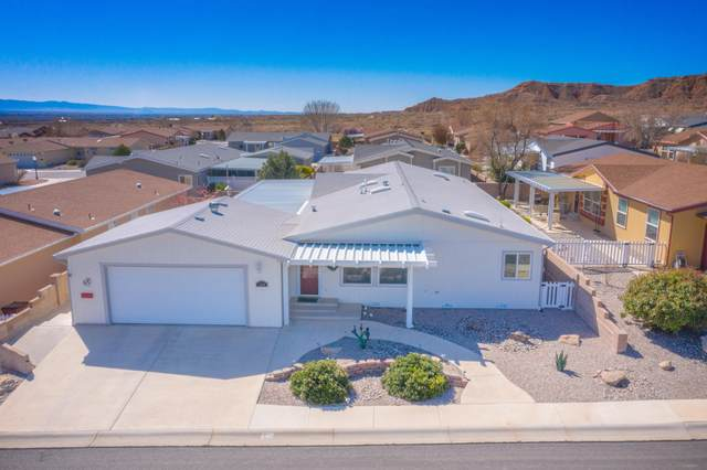 131 Sunrise Bluffs Drive, Belen, NM 87002 (MLS #964799) :: Sandi Pressley Team