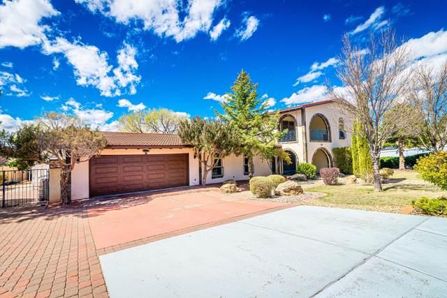 1109 Santa Ana Avenue SE, Albuquerque, NM 87123 (MLS #965207) :: Sandi Pressley Team