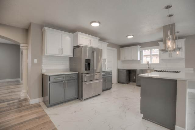 1050 Peach Court SE, Los Lunas, NM 87031 (MLS #965327) :: Campbell & Campbell Real Estate Services