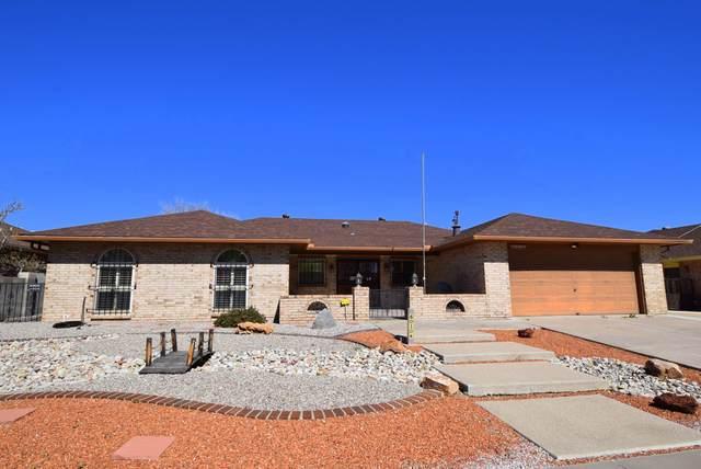 6010 Pueblo Verde NE, Albuquerque, NM 87111 (MLS #965544) :: Campbell & Campbell Real Estate Services