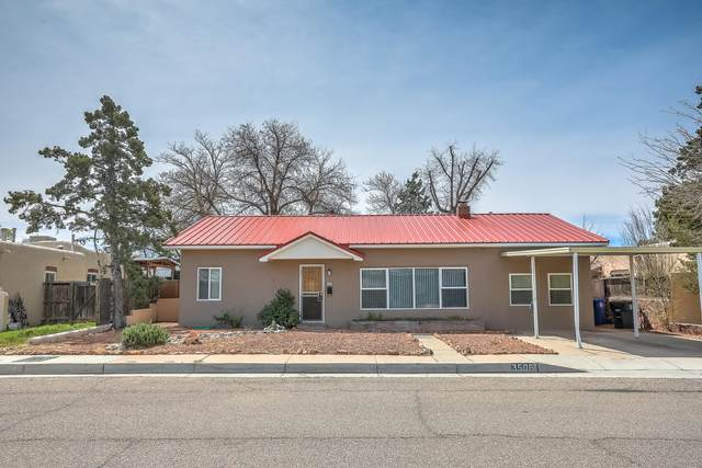 3506 Mackland Avenue NE, Albuquerque, NM 87106 (MLS #965695) :: The Bigelow Team / Red Fox Realty