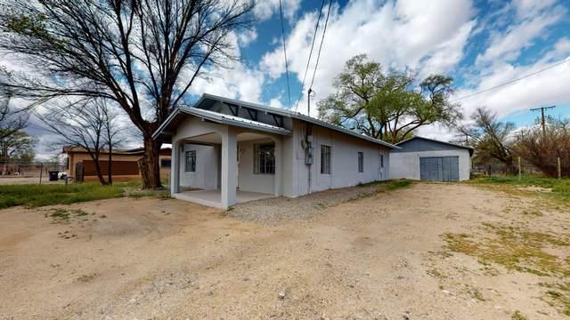 6101 Isleta Boulevard SW, Albuquerque, NM 87105 (MLS #965724) :: The Buchman Group
