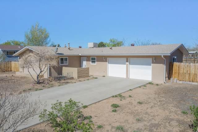 205 Veja Baja Drive SE, Rio Rancho, NM 87124 (MLS #965740) :: Berkshire Hathaway HomeServices Santa Fe Real Estate