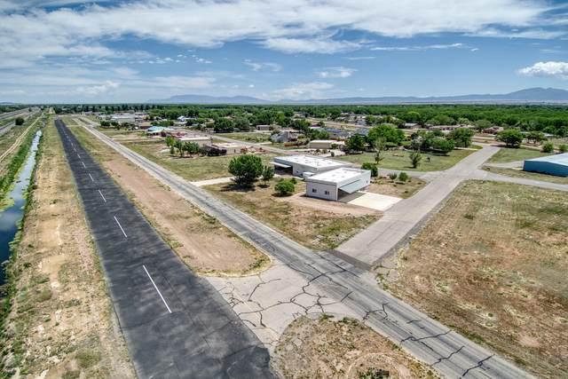 31 Elaine Drive, Los Lunas, NM 87031 (MLS #965899) :: Sandi Pressley Team