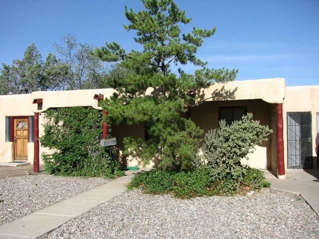 313 Truman Street NE, Albuquerque, NM 87108 (MLS #966013) :: The Buchman Group
