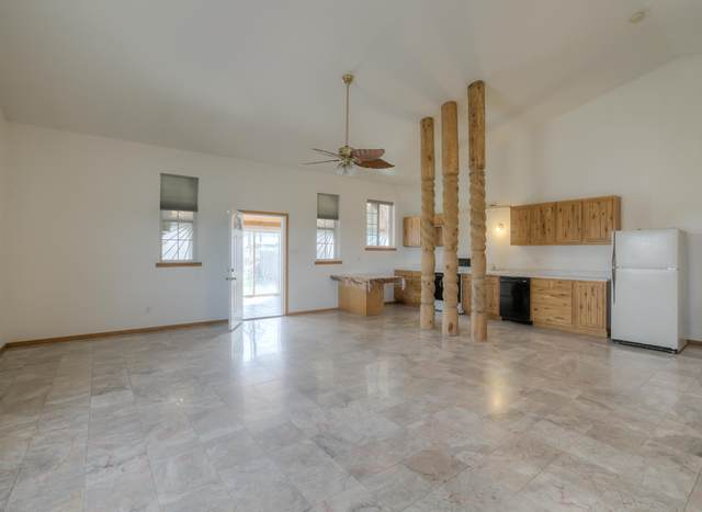 2 Brent Lane, Tijeras, NM 87059 (MLS #966049) :: Sandi Pressley Team
