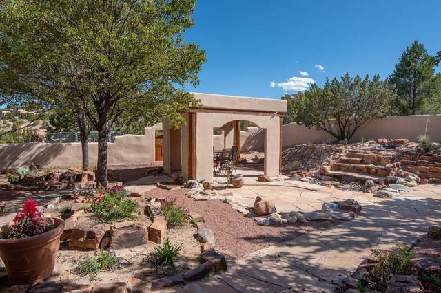 6 Adobe Road, Placitas, NM 87043 (MLS #966330) :: Campbell & Campbell Real Estate Services
