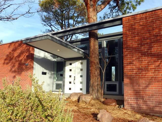 2619 Vista Larga Avenue NE, Albuquerque, NM 87106 (MLS #967022) :: The Buchman Group