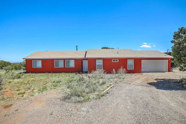 10 Community Road, Edgewood, NM 87015 (MLS #967785) :: The Buchman Group