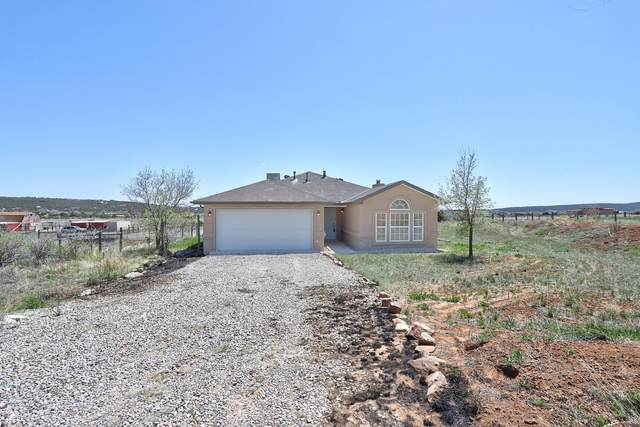57 Guest Court, Tijeras, NM 87059 (MLS #967812) :: Campbell & Campbell Real Estate Services