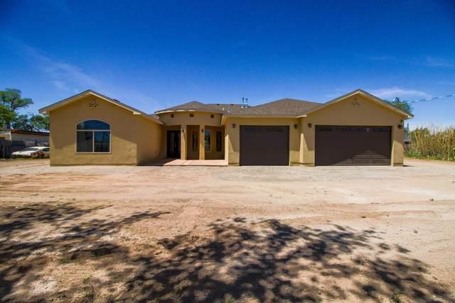 6335 Isleta Boulevard SW, Albuquerque, NM 87105 (MLS #967846) :: The Buchman Group