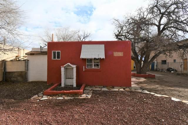 434 Utah Street SE, Albuquerque, NM 87108 (MLS #968006) :: The Buchman Group