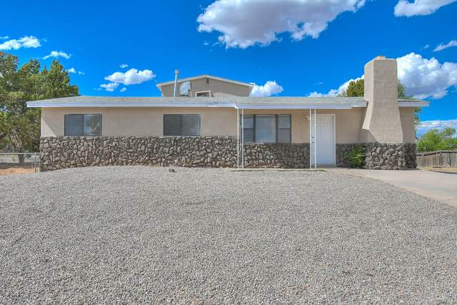 5737 Alegria Road NW, Albuquerque, NM 87114 (MLS #968147) :: The Buchman Group